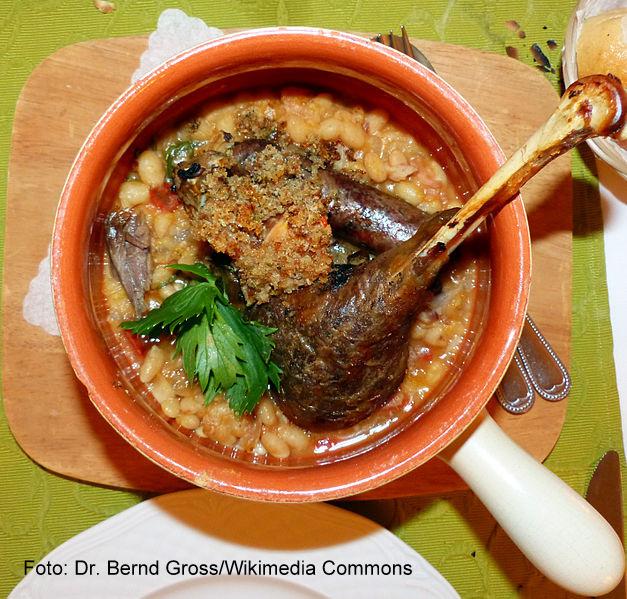 Cassoulet, prato típico de Carcassonne, França