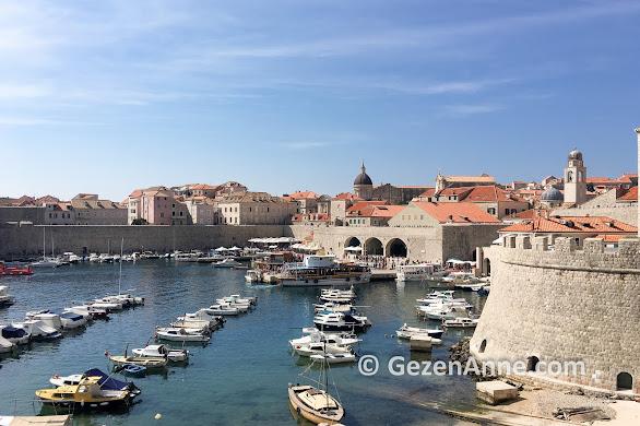 Dubrovnik old town şehir surları ve limanı, Hırvatistan