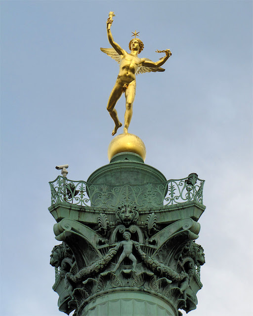 Colonne de Juillet, July Column, place de la Bastille, Paris