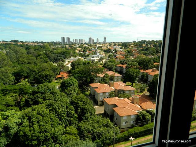 Vista do apartamento do Hotel Deville Prime em Campo Grande (MS)