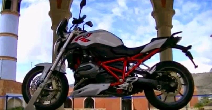 Test Ride BMW R1200R