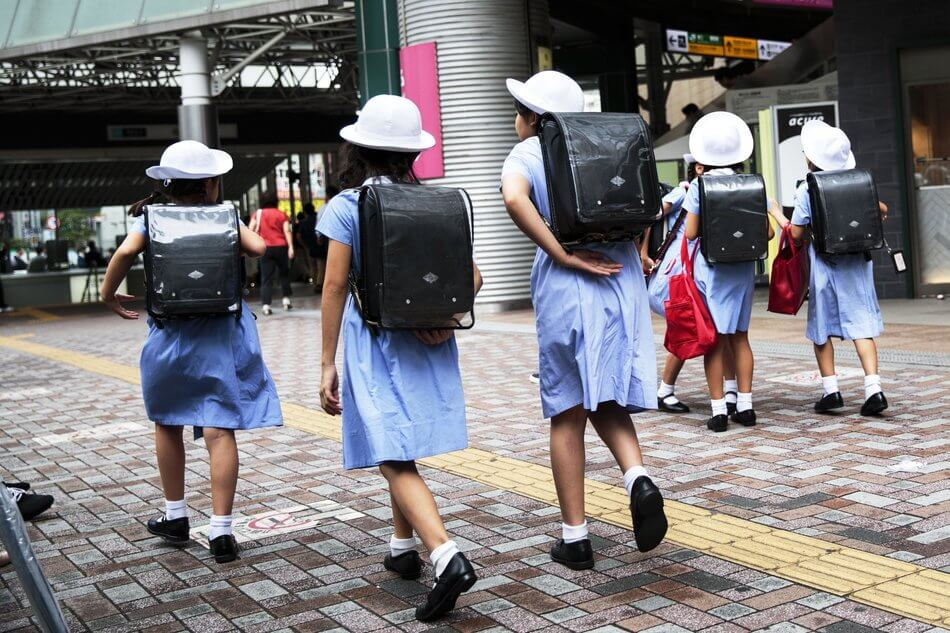 55 Stunning Photographs Of Girls Going To School In Different Countries - Japan