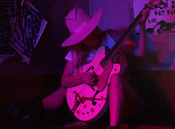 Lady Gaga To Perform New Songs During 'Dive Bar Tour' - Little