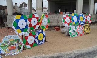 Χρυσές δουλειές από τους πλανόδιους χαρταετούς στους δρόμους της Μυτιλήνης (PICS)