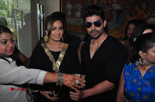 Bollywood Actress Sana Khan Launches Aakrithi Exibition  0370.JPG