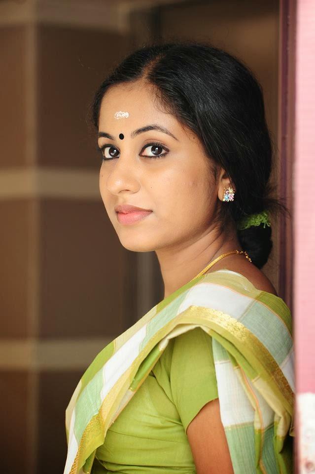 Malayalam actress hot pics Jyothi Krishna