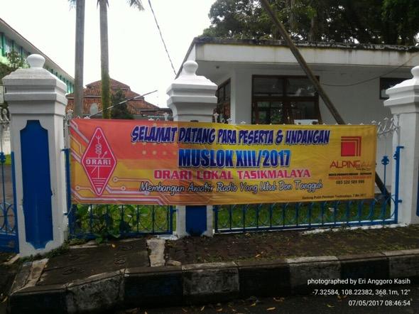Spanduk selamat datang Musyawarah Lokal XIII ORARI Lokal Tasikmalaya Tahun 2017.