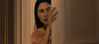 dont look back-ne te retourne pas-monica bellucci