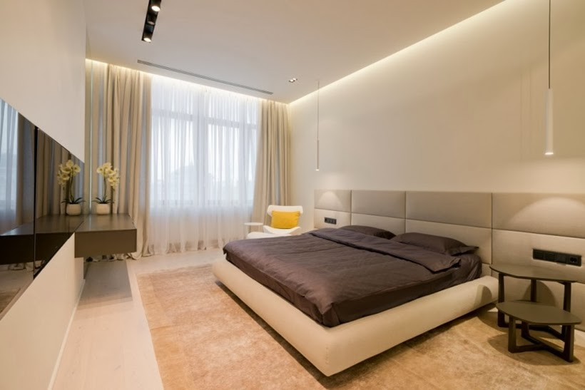 Bed in Minimalist modern apartment in Moscow
