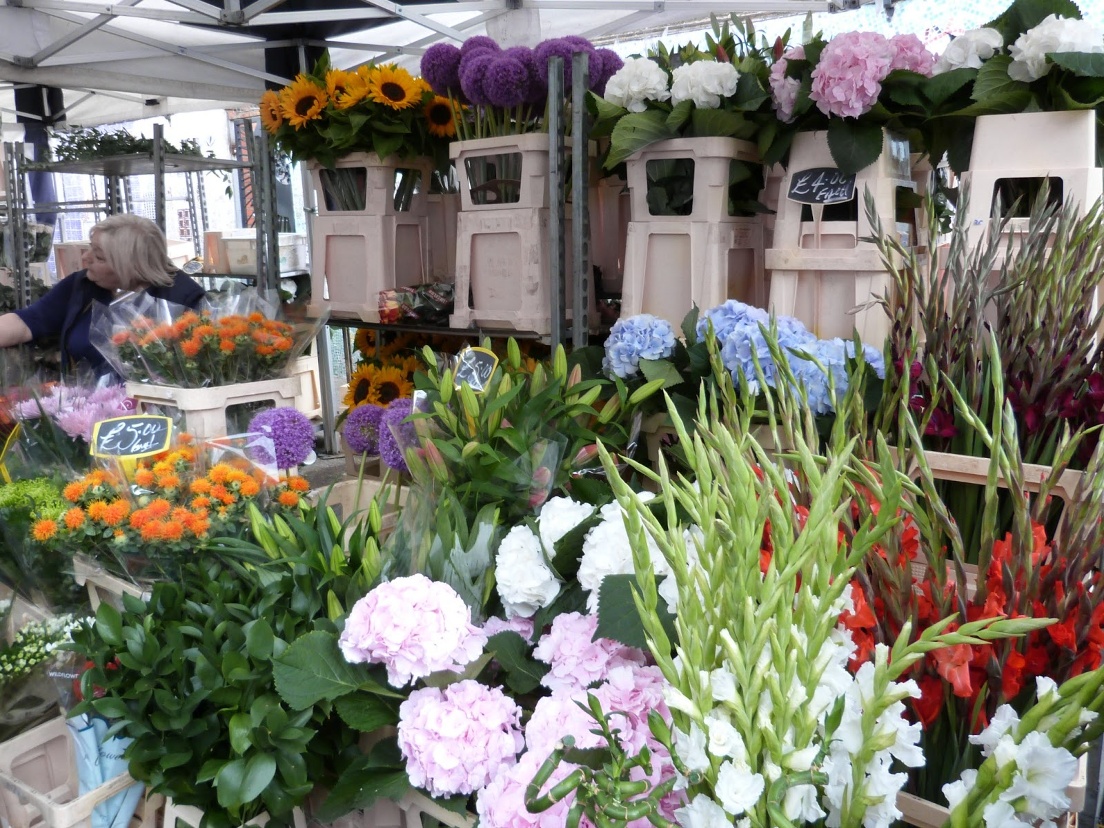 Things to do in London - Columbia Road Flower Market