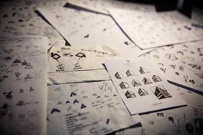 Logo dizaina skices