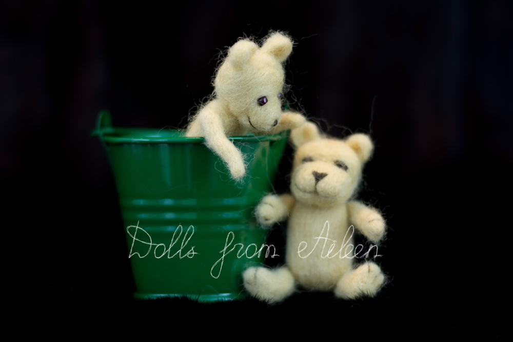 OOAK mini needle felted teddy bears