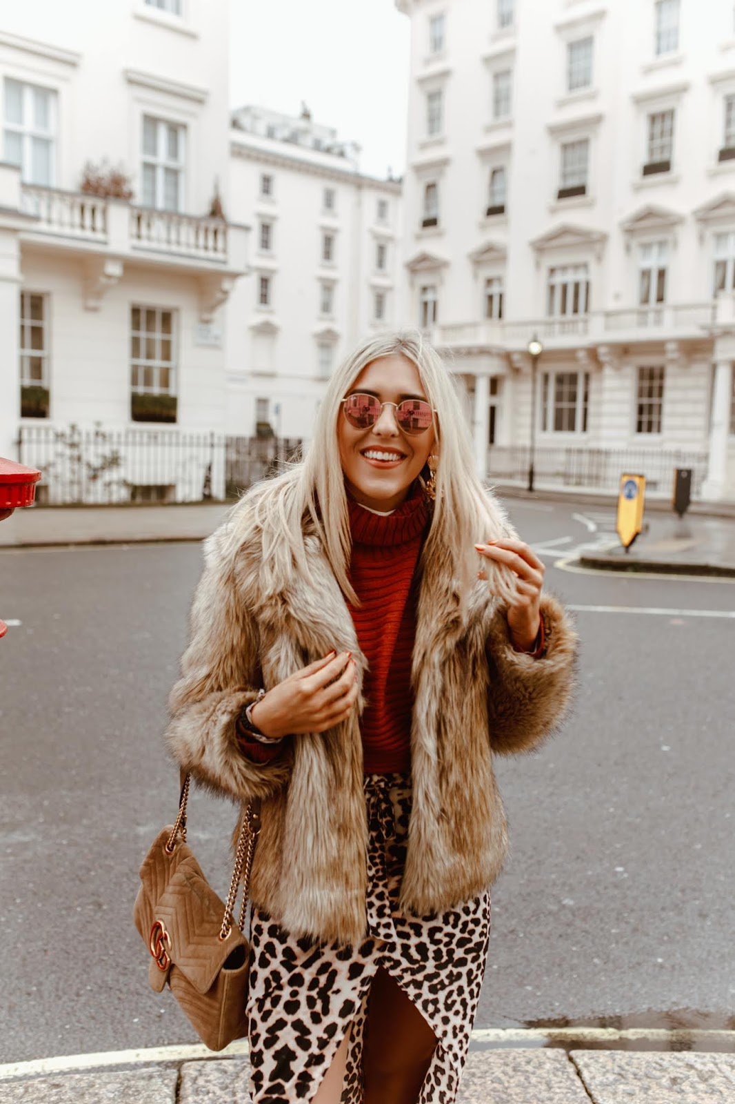 Chelsea street style photo