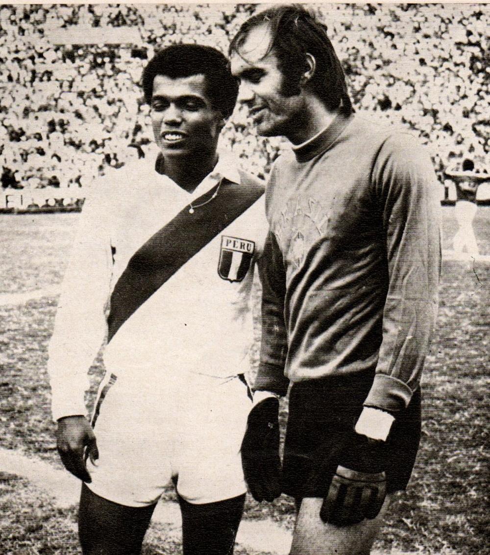 Soccer nostalgia old match photographs part 34a for Histoire du miroir