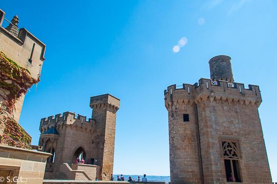 Torre cuatro vientos y torre Atalaya. Palacio real de Olite.