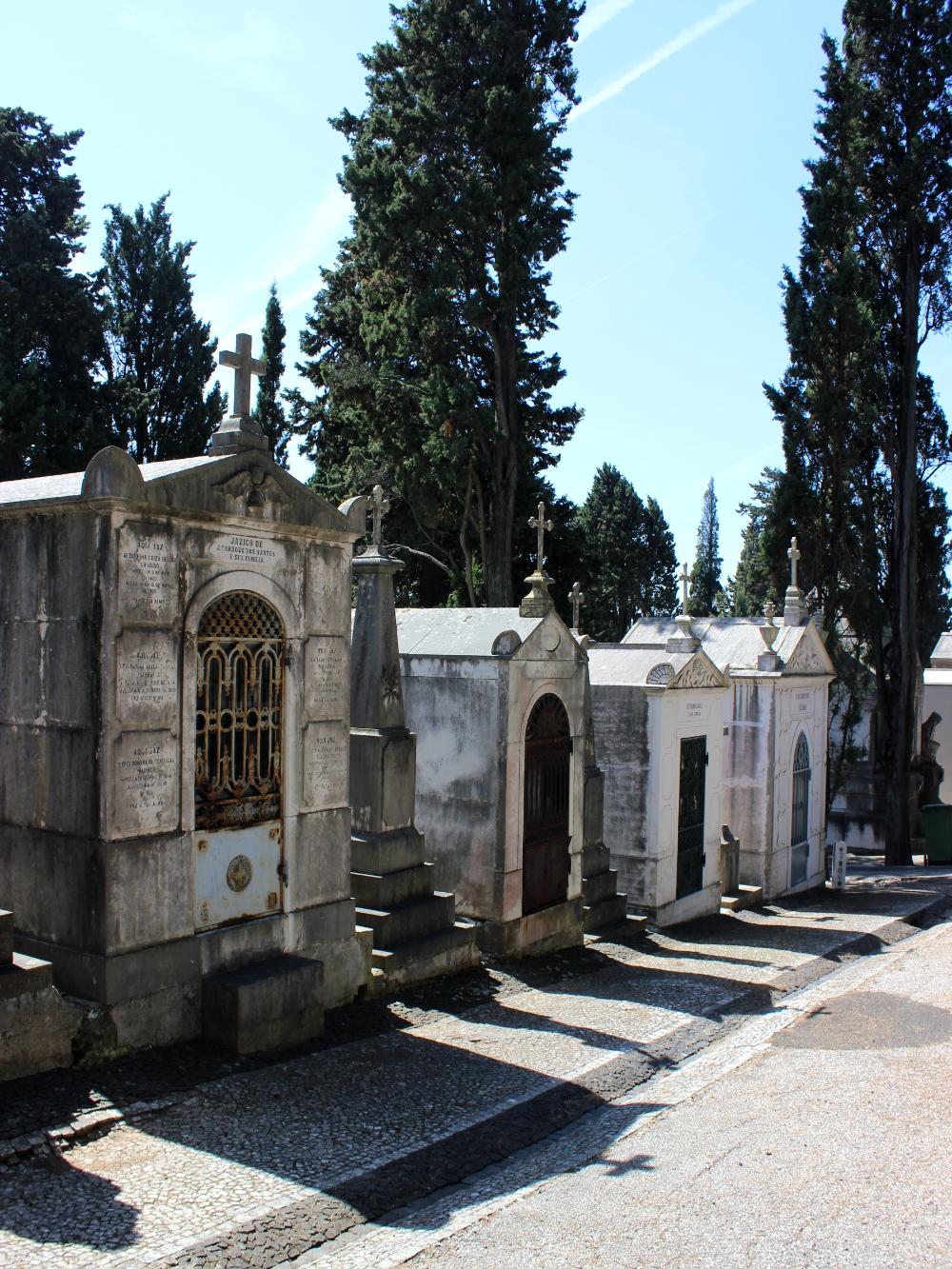 Cemiterio dos Prazeres Lissabon Lisbon Lisboa Friedhof Mausoleum Grab Graveyard
