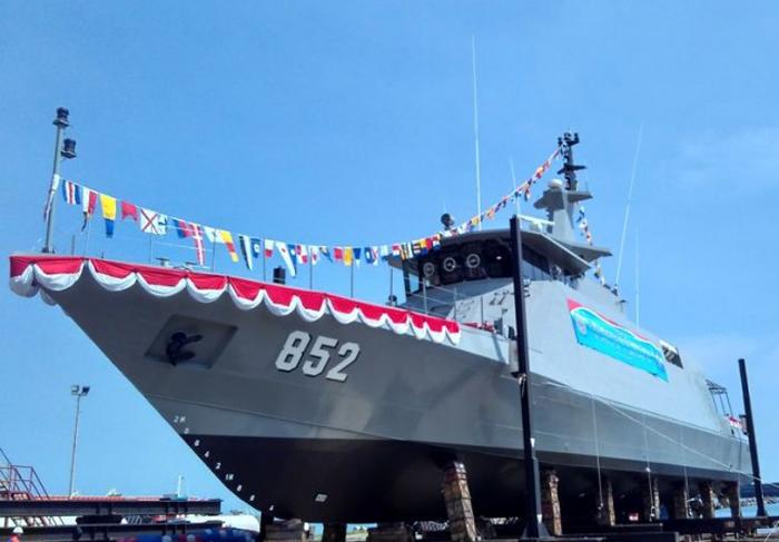 Kapal Patroli Cepat (PC-43) produksi PT. Caputra Mitra Sejati (CMS)