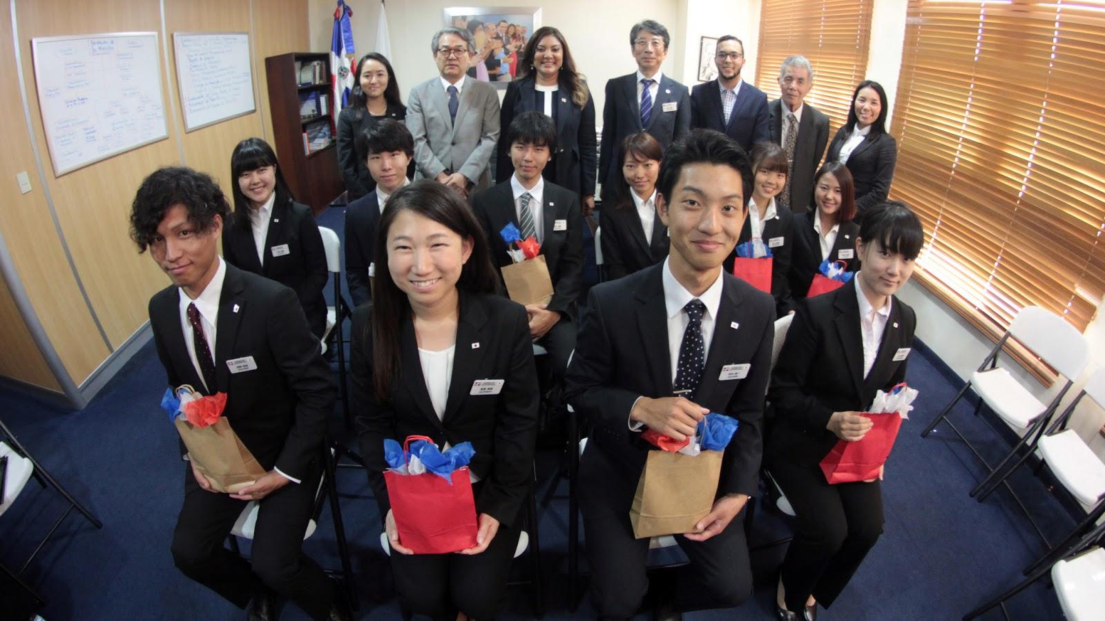 Gobierno dominicano recibe estudiantes japoneses; participarán en intercambio cultural