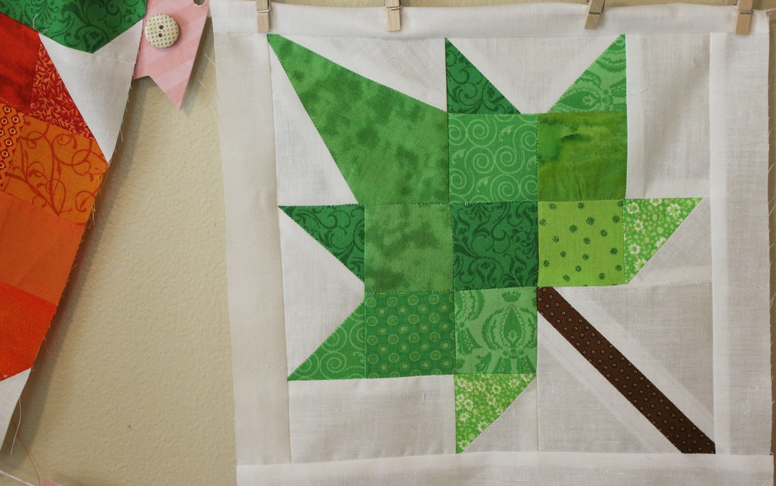 Quilt Pattern For Maple Leaf : ~Ohio Thoughts~: Maple Leaf Quilt Block
