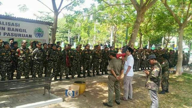 Banser Bangil Siap-siap Menjaga Pengajian Ustadz Felix Siauw