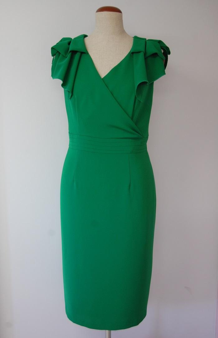 Zielona midi z kokardami na ramionach