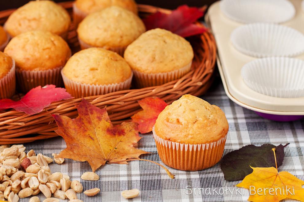 Muffiny z masłem fistaszkowym