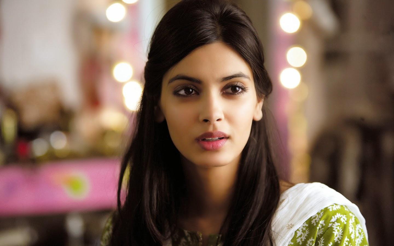 Indian Beautiful Girls Wallpapers Free Download