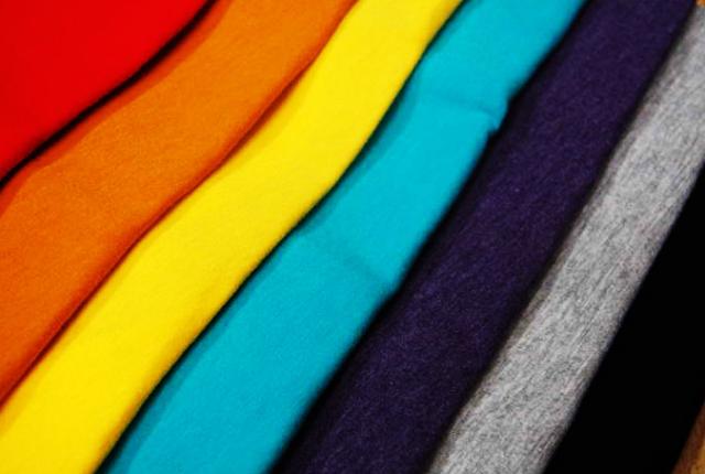 5 Jenis Bahan Catton Berkualitas untuk Kaos Polos