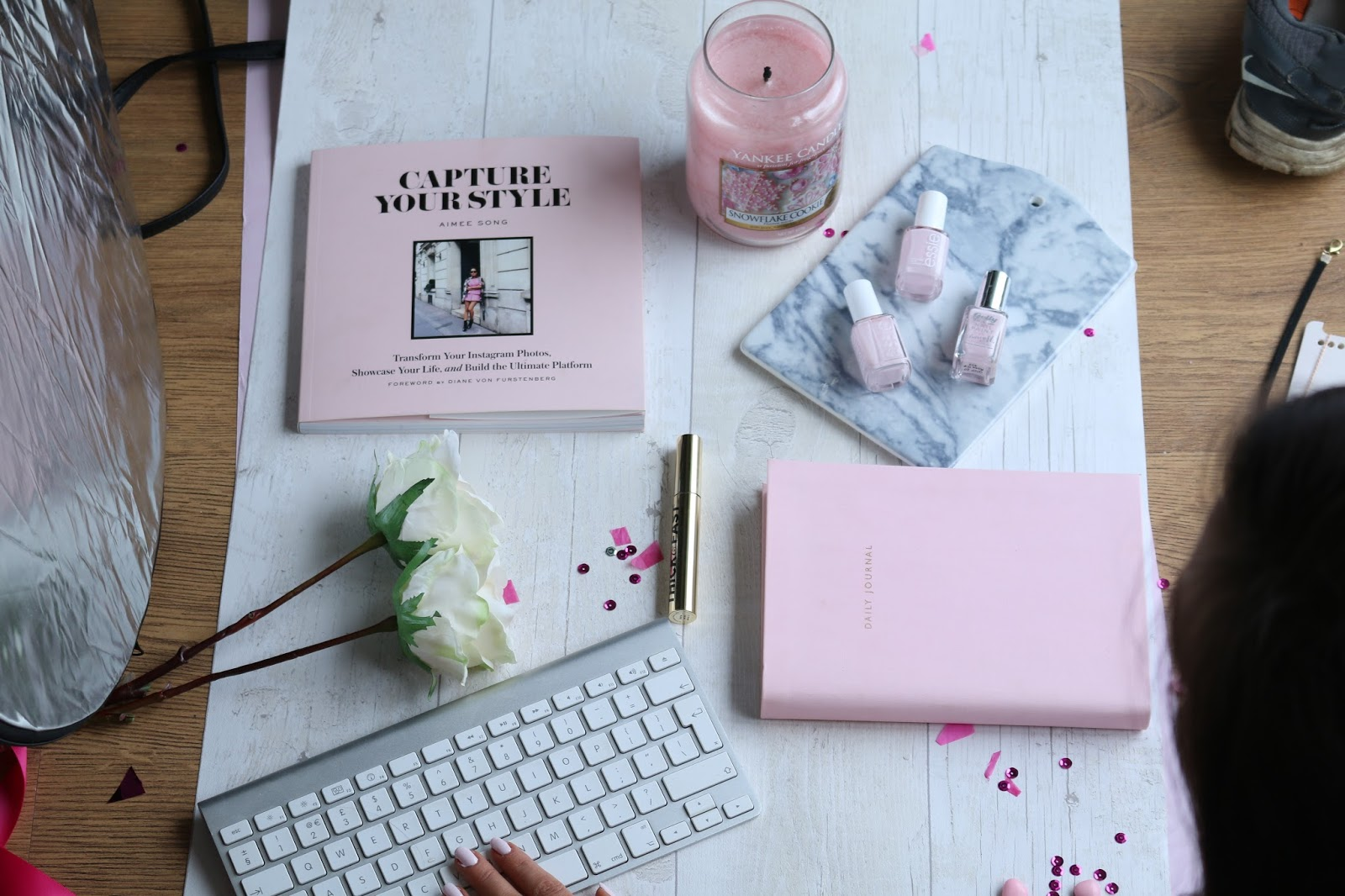 Lifestyle, Photography, Blogging, Flatlays,how to take flat lays, blog photos, behind the scenes of flat lays, what goes into taking a flat lay, real life blogging