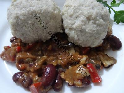 Pulpety w sosie z warzywnym