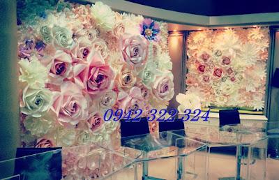hoa giay trang tri ban gallery