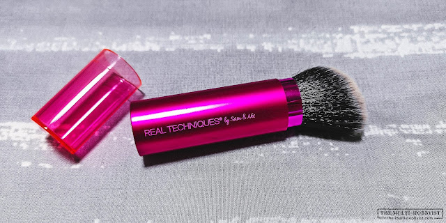 My holy grail makeup brush: Real Techniques Retractable Kabuki Brush review