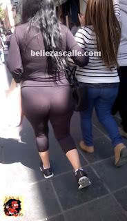 fotos-mujeres-nalgona-leggins