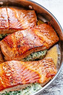 Creamy-Spinach-Stuffed-Salmon