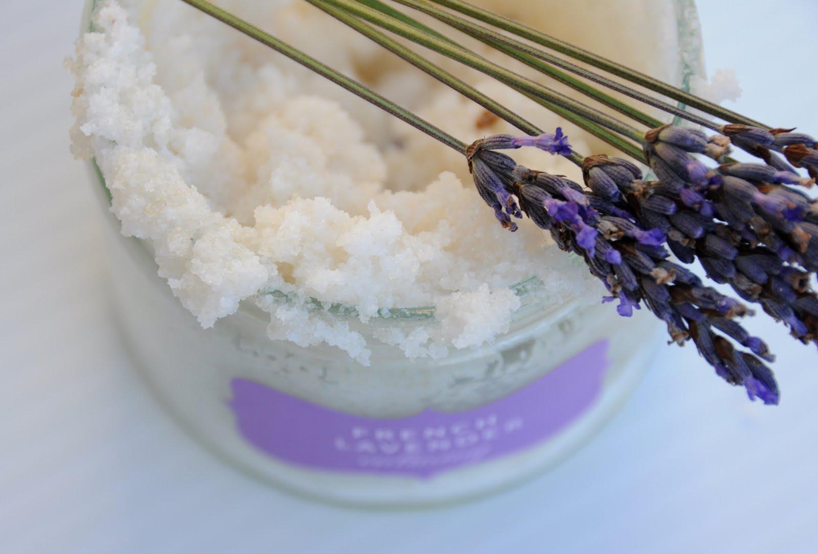 ... diy body scrub {a base for salt scrub or sugar scrub + questions