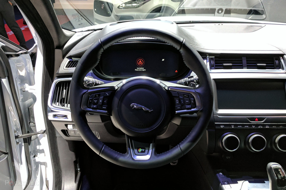 giá xe jaguar e-pace