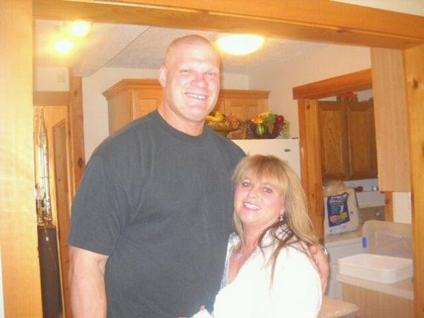 Wwe Wrestlers Profile: Wwe Superstar Kane Family Photo ...