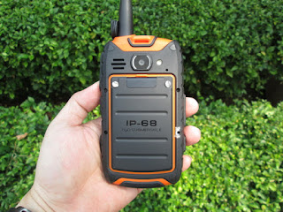 Hape Outdoor Outfone S15 Seken Walky Talky UHF IP68 Certified