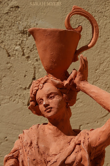 art, arte, kunst, sculpture, escultura, scultura, skulptur, Sarah, Myers, woman, water, pitcher, terracotta, red, earthenware, lady, baroque, contemporary, beautiful, elegant, figurative, artist, rapid, sculptor, sculpting, clay, earthenware, perfume, flask, vessel, agua, design, face, hand, handle, grace, macro, close-up, detail