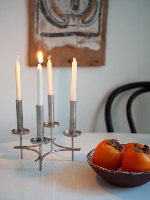 Paavo Tynellin kynttelikkö, Selinan keittiössä, adventtikynttelikkö