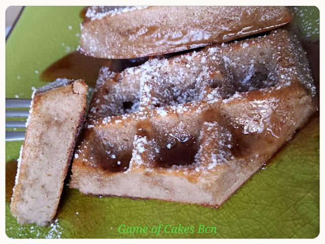 Gofres de manzana y canela en molde lekué