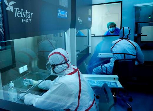 El IVO pone en marcha una moderna sala blanca para la preparación de medicamentos con la máxima seguridad para profesionales y pacientes