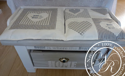 Restyle Your Home Twee Bankjes Van 1 Tafel 1 Table Two
