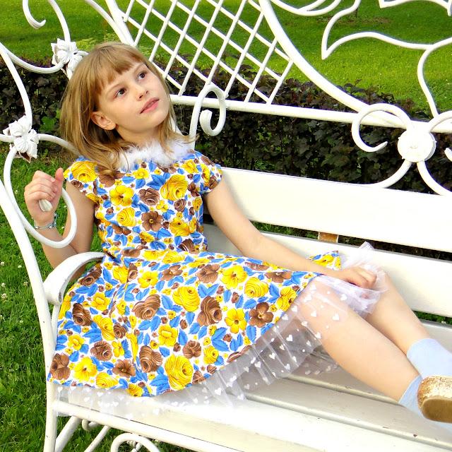 Пышное платье для девочки 4-6 лет. Платье для утренника в детском саду, рост 110 - 128 см.