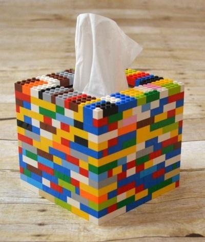8. Lego jadi tempat/wadah tissue