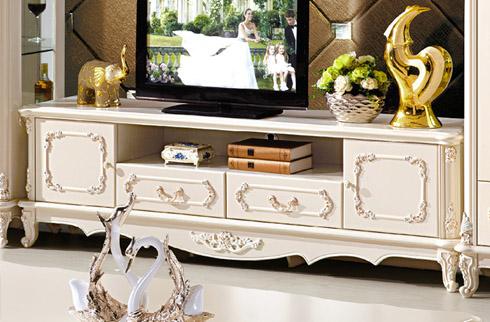 Hướng dẫn cách vệ sinh kệ tivi phòng khách tại nhà đơn giản hiệu quả