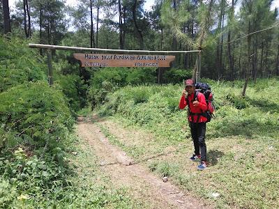 Perjalanan Mendaki Gunung Kelud via mBlitar Timur