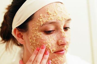 Farine d'avoine pour éclaircir la peau du visage