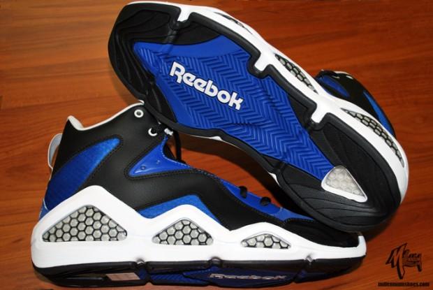 Sepatu Reebok