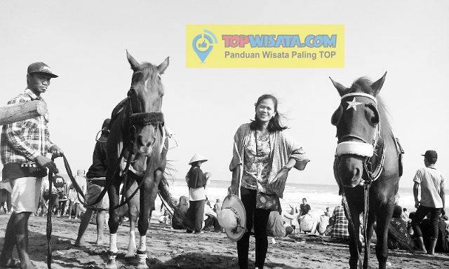 Naik Kuda Di Pantai Ambal Kebumen - Menikmati Bersihnya Pantai Dan Serunya Pacuan Kuda